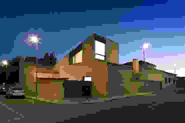 daniel rojas berzosa. arquitecto Casas de estilo mediterráneo