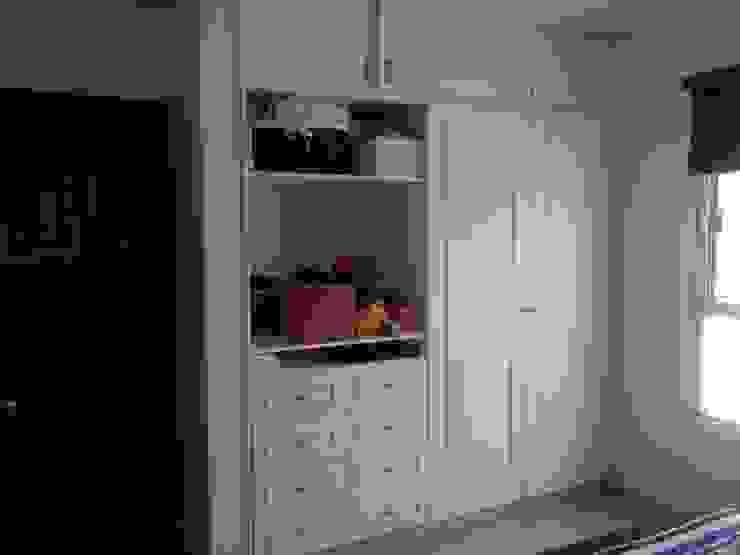 Habitación Mila Dormitorios infantiles minimalistas de Constructora e Inmobiliaria Catarsis Minimalista Madera Acabado en madera