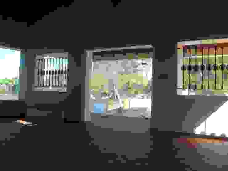 Espaço para Eventos Salas de estar campestres por Gabiurbe, Imobiliária e Arquitetura, Lda Campestre