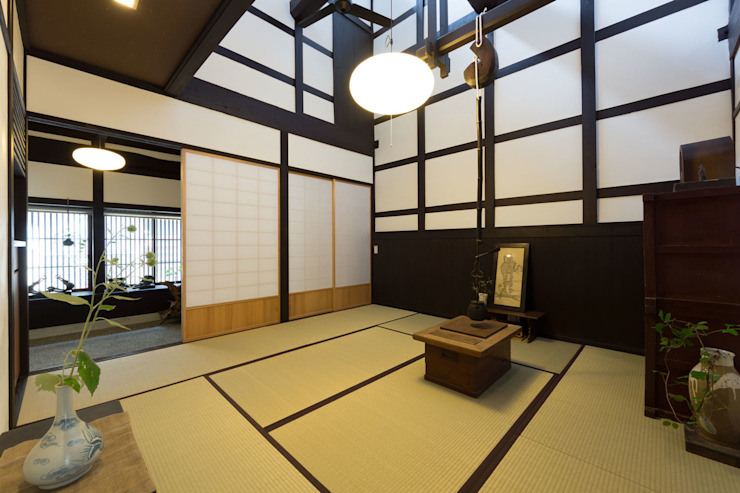 de estilo  por Hayashi Kenchiku-sekkeikoubo,