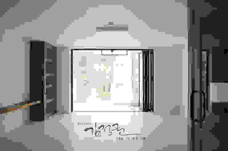 김정권디자이너 Modern Living Room MDF White