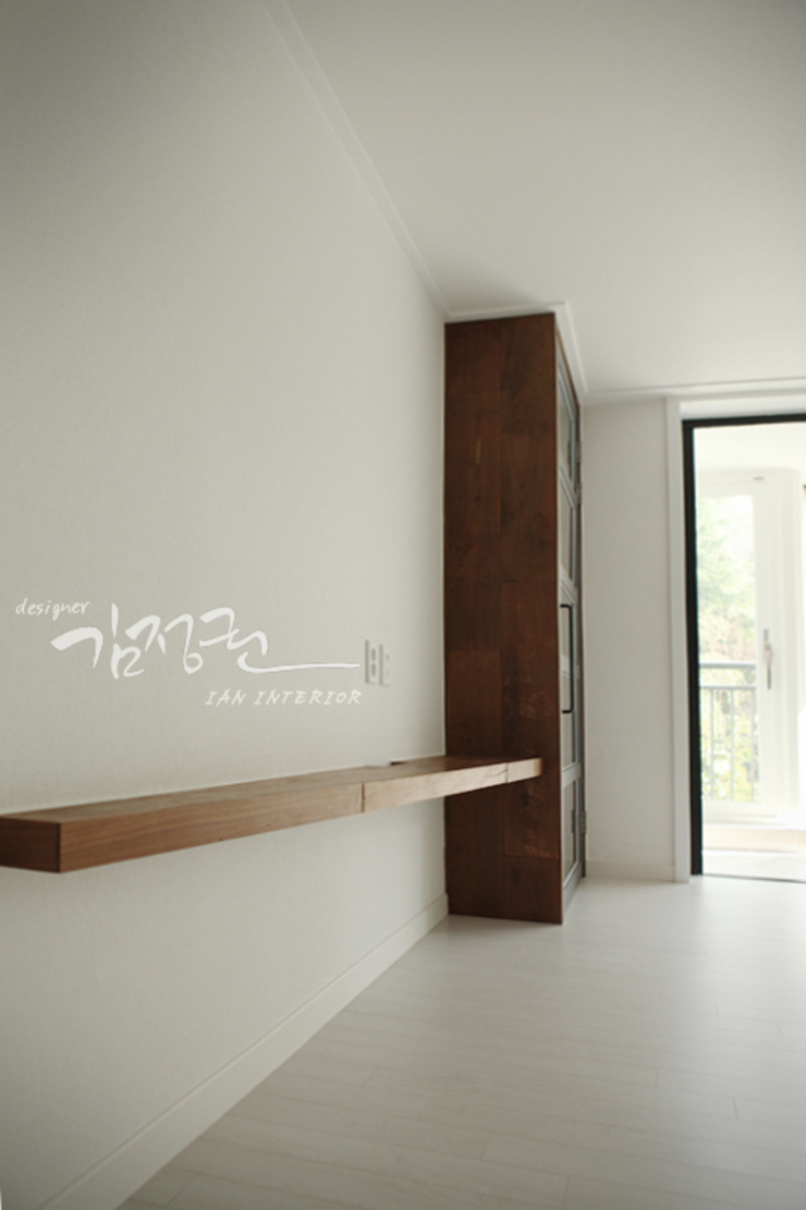 김정권디자이너 Minimalist dining room Marble Grey