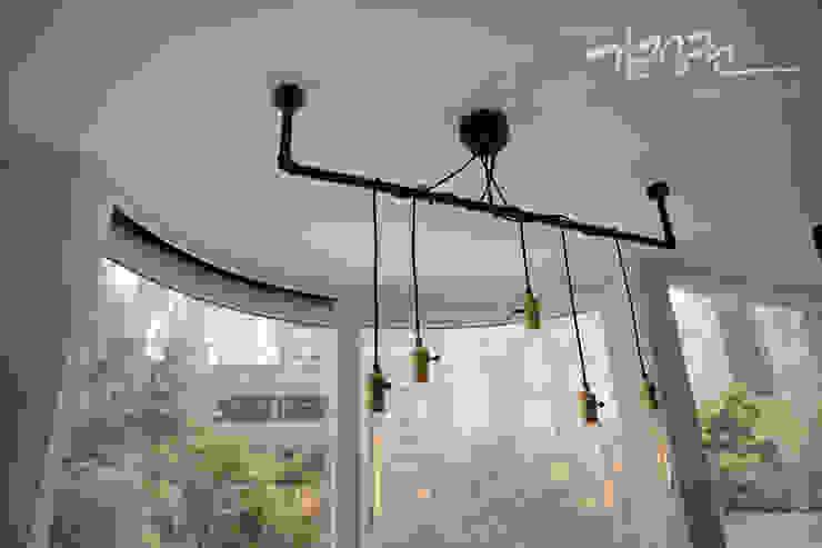 김정권디자이너 Modern Living Room OSB White