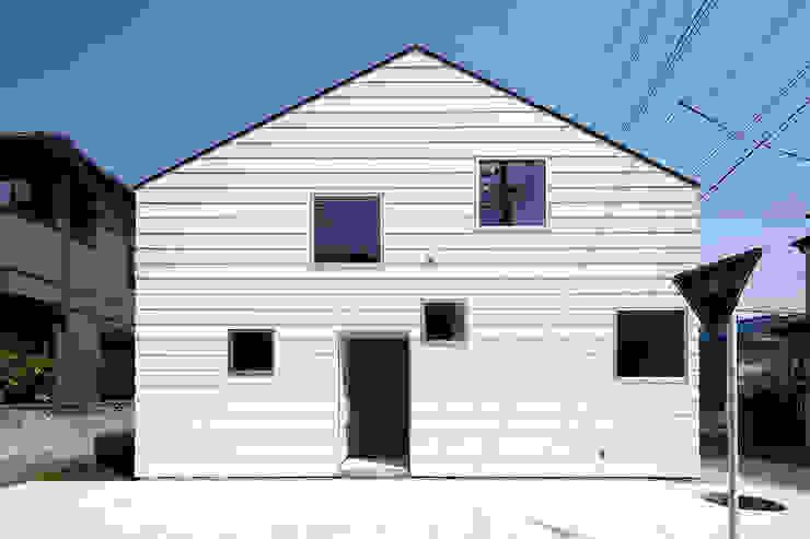Casas minimalistas por 株式会社廣田悟建築設計事務所 Minimalista