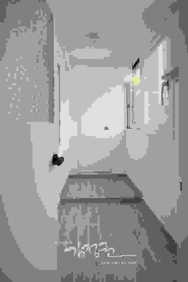 김정권디자이너 Modern Terrace MDF White