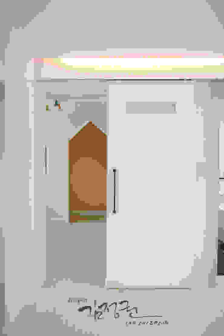 김정권디자이너 Modern Kid's Room Porcelain White