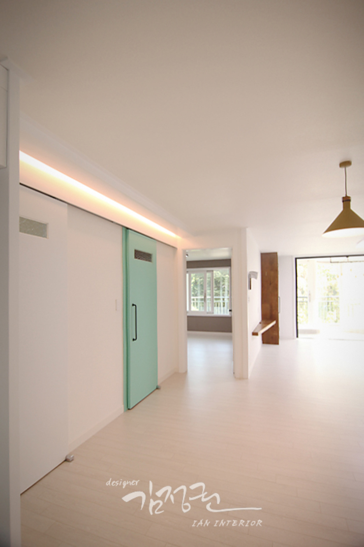 김정권디자이너 Modern Living Room MDF Grey