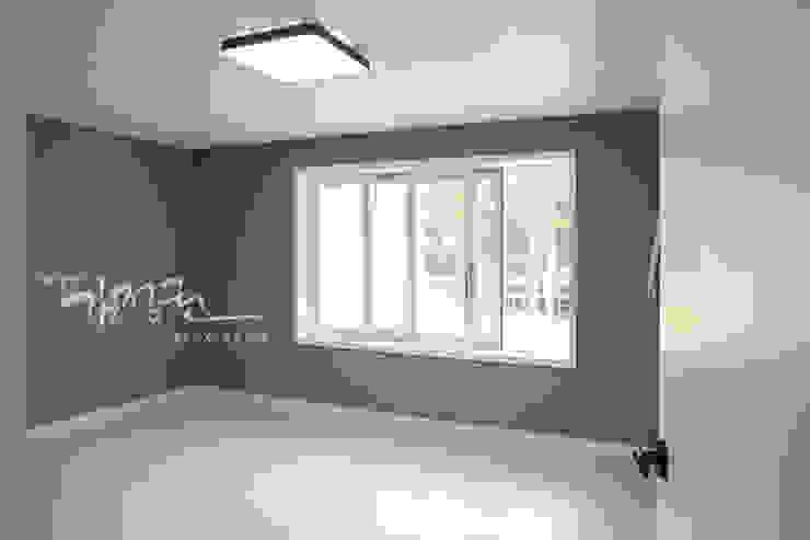 김정권디자이너 Modern Living Room MDF Brown
