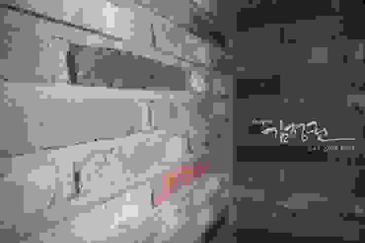 한빛 아파트 모던스타일 벽지 & 바닥 by 김정권디자이너 모던 벽돌