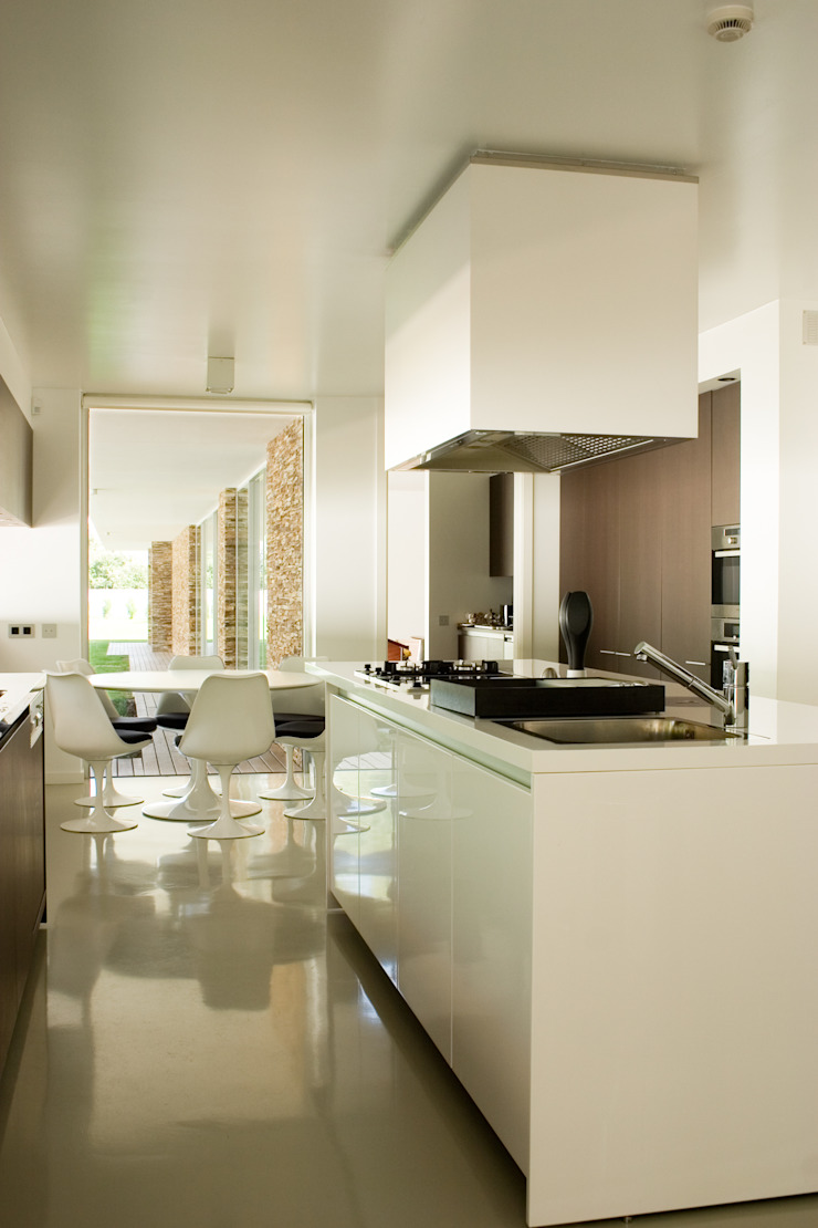 Modern kitchen by A.As, Arquitectos Associados, Lda Modern