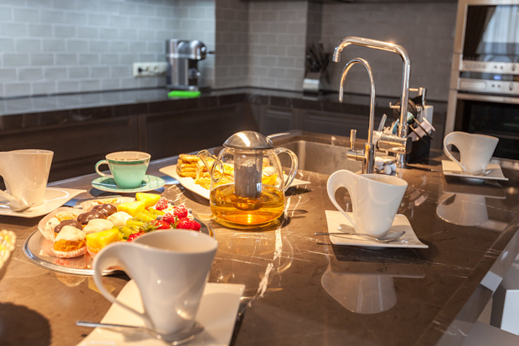 Eclectic style kitchen by ARTteam Eclectic