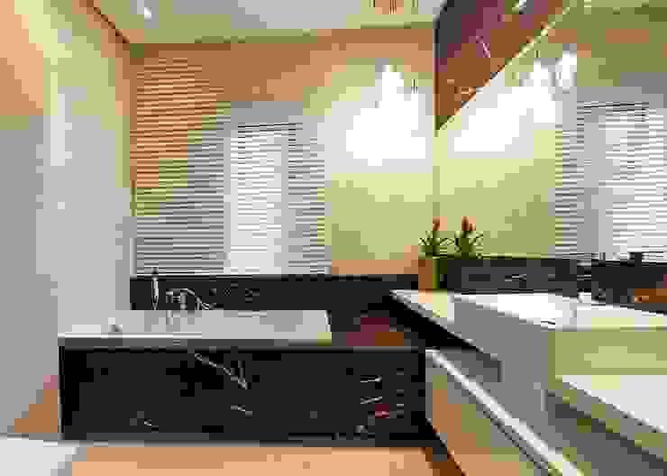 Banheiros modernos por Biuro Projektów MTM Styl - domywstylu.pl Moderno