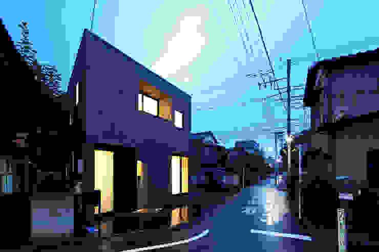 house in ayase ミニマルな 家 の 株式会社廣田悟建築設計事務所 ミニマル