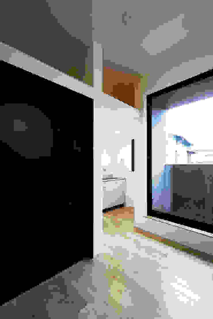 house in ayase ミニマルデザインの 多目的室 の 株式会社廣田悟建築設計事務所 ミニマル