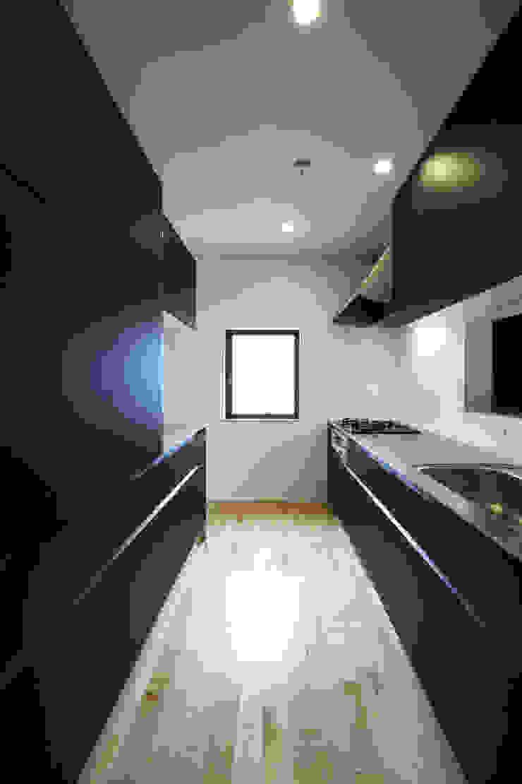 house in ayase ミニマルデザインの キッチン の 株式会社廣田悟建築設計事務所 ミニマル