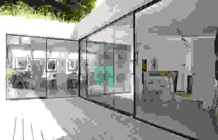 Twinneys Modern balcony, veranda & terrace by Designscape Architects Ltd Modern