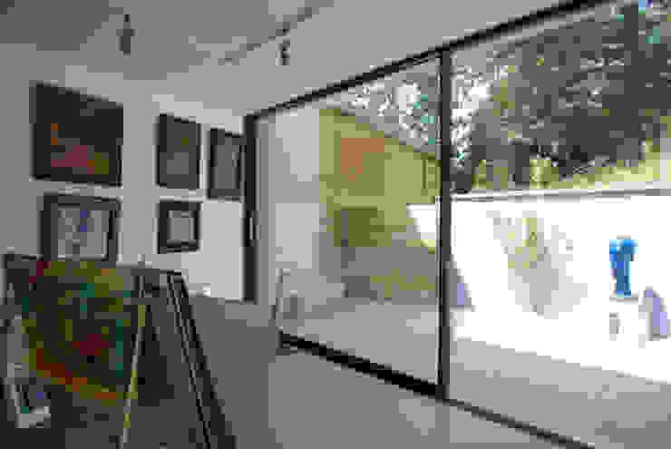 Twinneys Bureau moderne par Designscape Architects Ltd Moderne