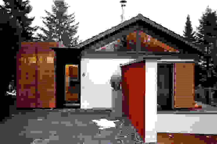Modern houses by hicker architekten Modern