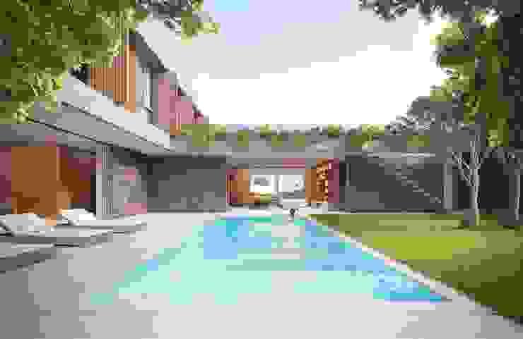 Casa H Piscina Piscinas minimalistas por Mader Arquitetos Associados Minimalista