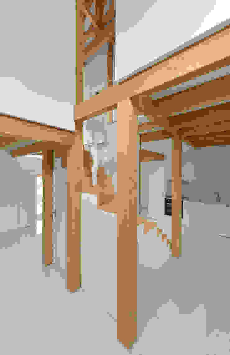Nhà bếp phong cách đồng quê bởi Corpo Atelier Đồng quê Gỗ Wood effect