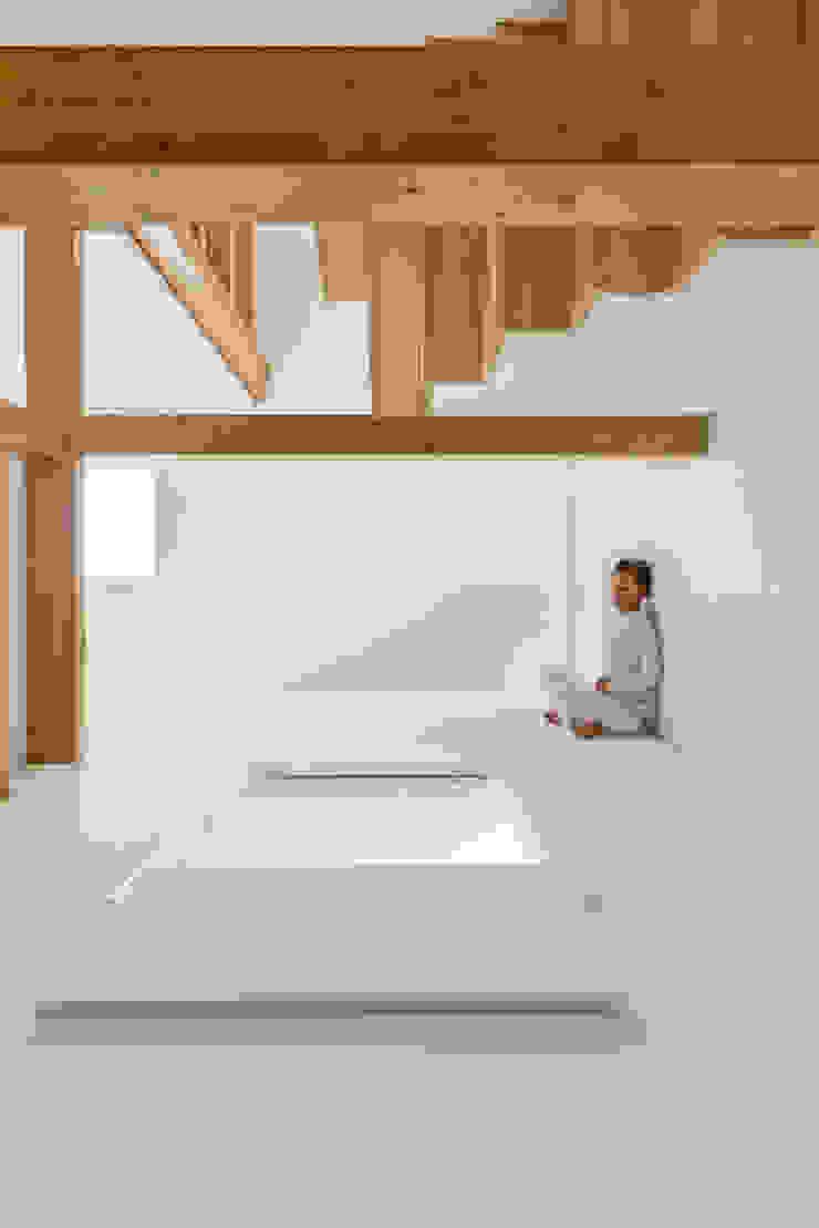 Hành lang, sảnh & cầu thang phong cách đồng quê bởi Corpo Atelier Đồng quê Gỗ Wood effect