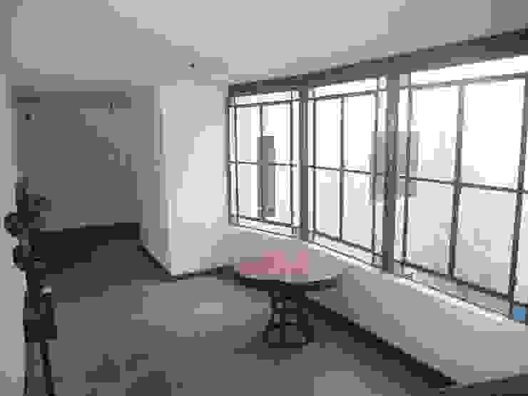 Santiago del Estero 623 - Buenos Aires Puertas y ventanas modernas de Arquitecta Mercedes Rillo Moderno