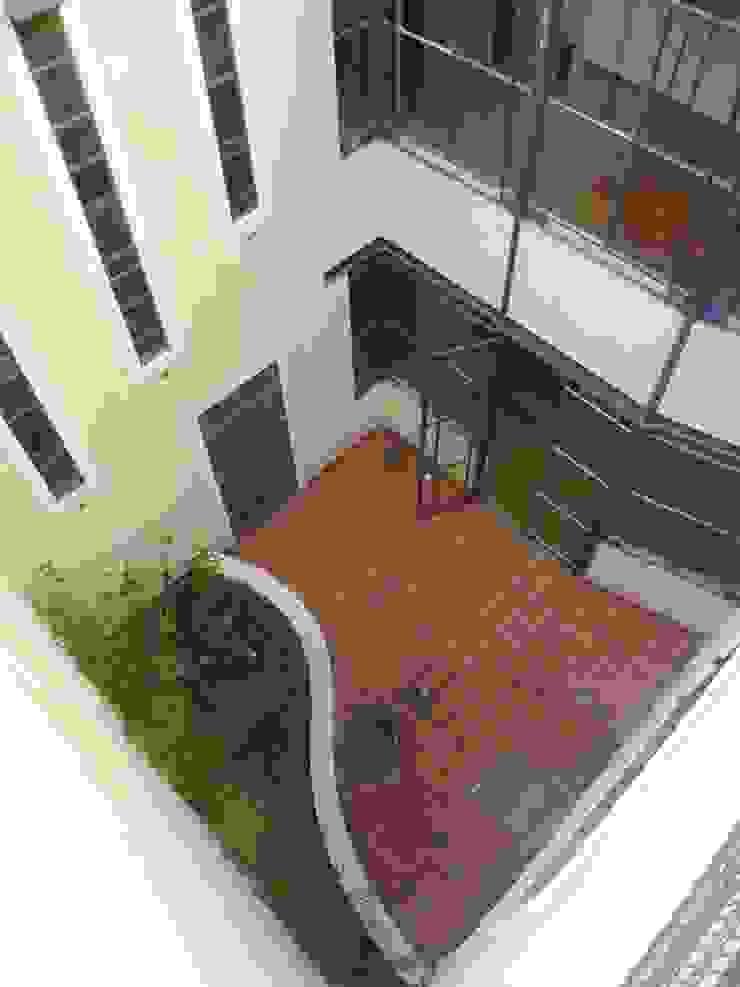 Santiago del Estero 623 – Buenos Aires Casas modernas: Ideas, imágenes y decoración de Arquitecta Mercedes Rillo Moderno
