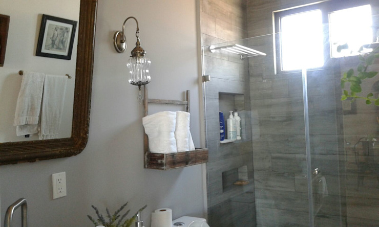 Bianco Diseño BathroomBathtubs & showers