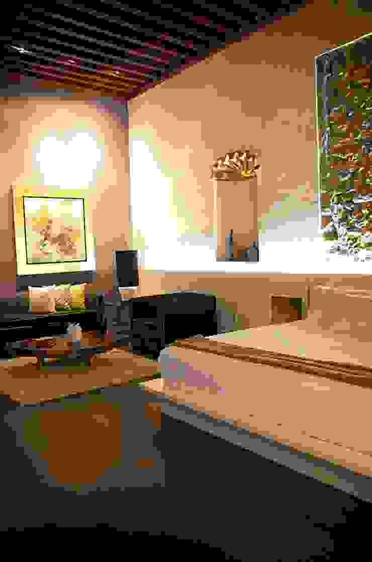 Recámaras Dormitorios modernos de MADRE VETA Moderno Madera Acabado en madera