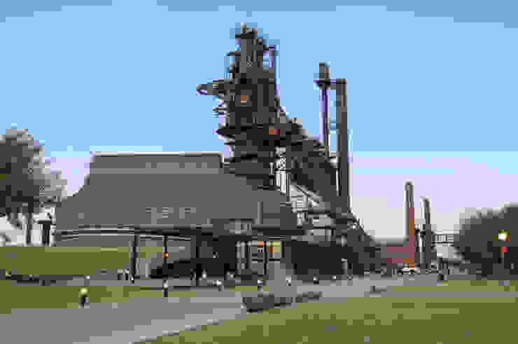 El horno3 en el Parque Fundidora Museos de estilo industrial de HARARI LANDSCAPE Industrial