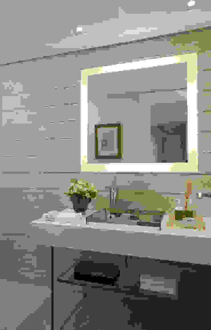 Apartamento Higienópolis Banheiros modernos por Marcelo Rosset Arquitetura Moderno