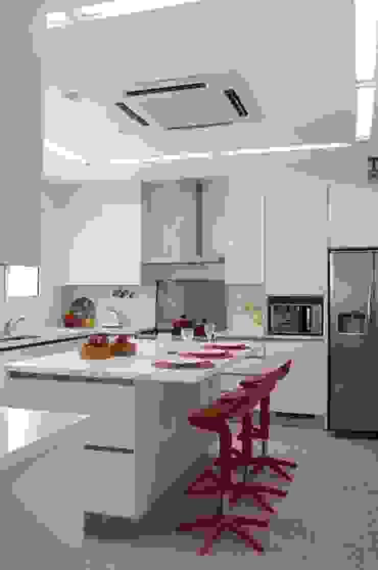 Apartamento Higienópolis 2 Cozinhas modernas por Marcelo Rosset Arquitetura Moderno