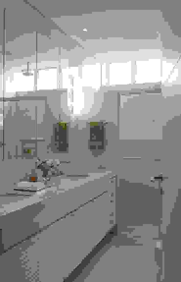 Apartamento Higienópolis 3 Banheiros modernos por Marcelo Rosset Arquitetura Moderno