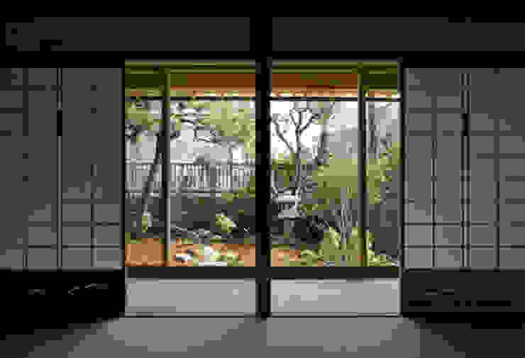 . 和風デザインの 多目的室 の 有限会社椿建築デザイン研究所 和風 竹 緑