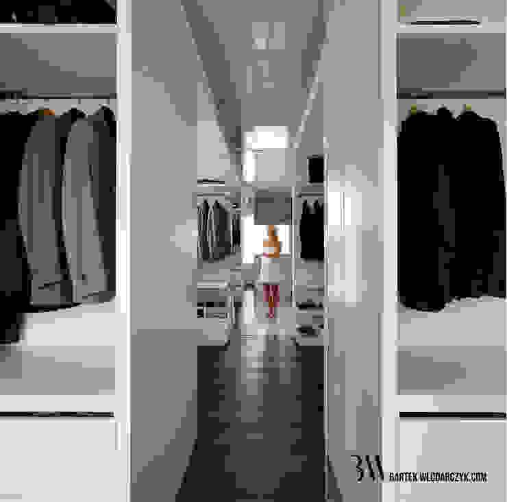 Minimalist dressing room by Bartek Włodarczyk Architekt Minimalist