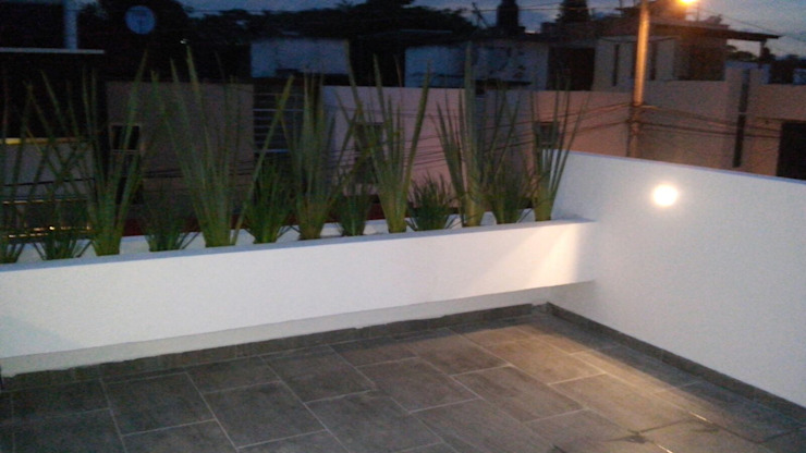 Bamboo design & garden Balconies, verandas & terraces Plants & flowers White