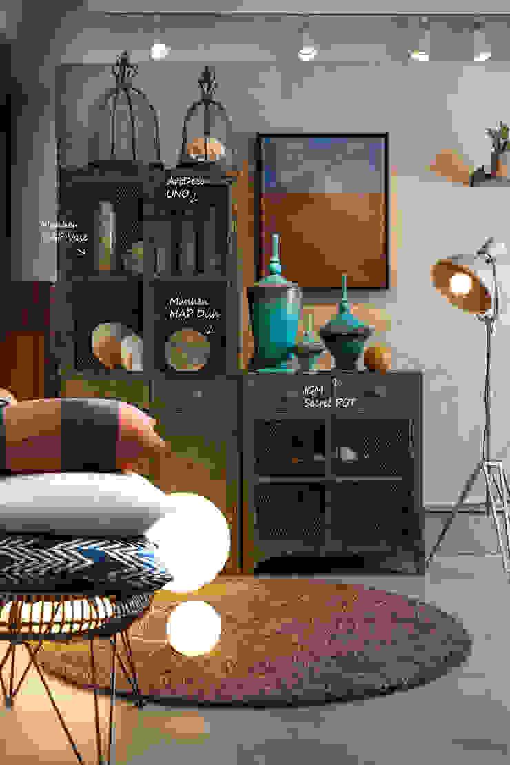 인더스티리얼 스타일의 living room 인더스트리얼 거실 by 마요 MAYO 인더스트리얼 알루미늄 / 아연