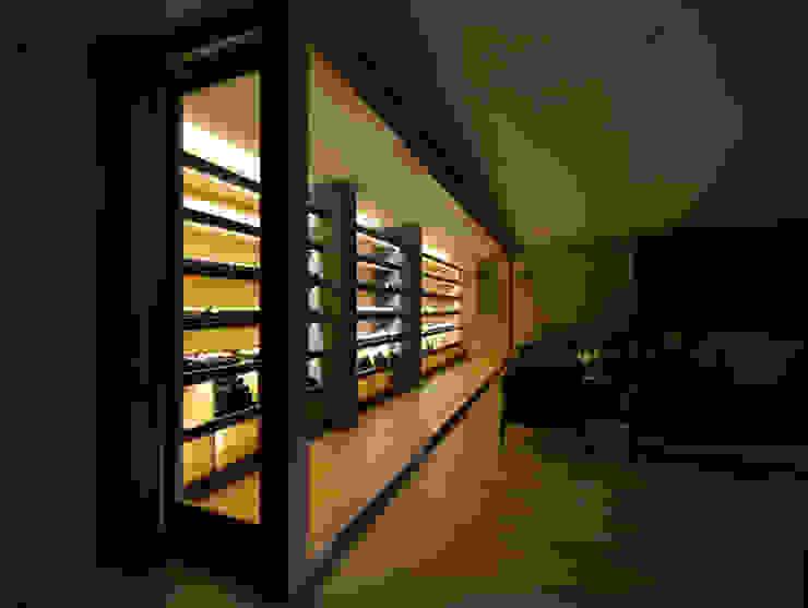 Cava Salones modernos de crb arquitectos Moderno