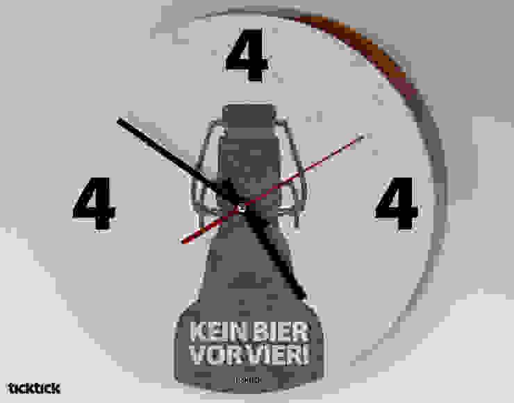 ticktick | Design Wanduhr | Vier Uhr von heyhey Ausgefallen