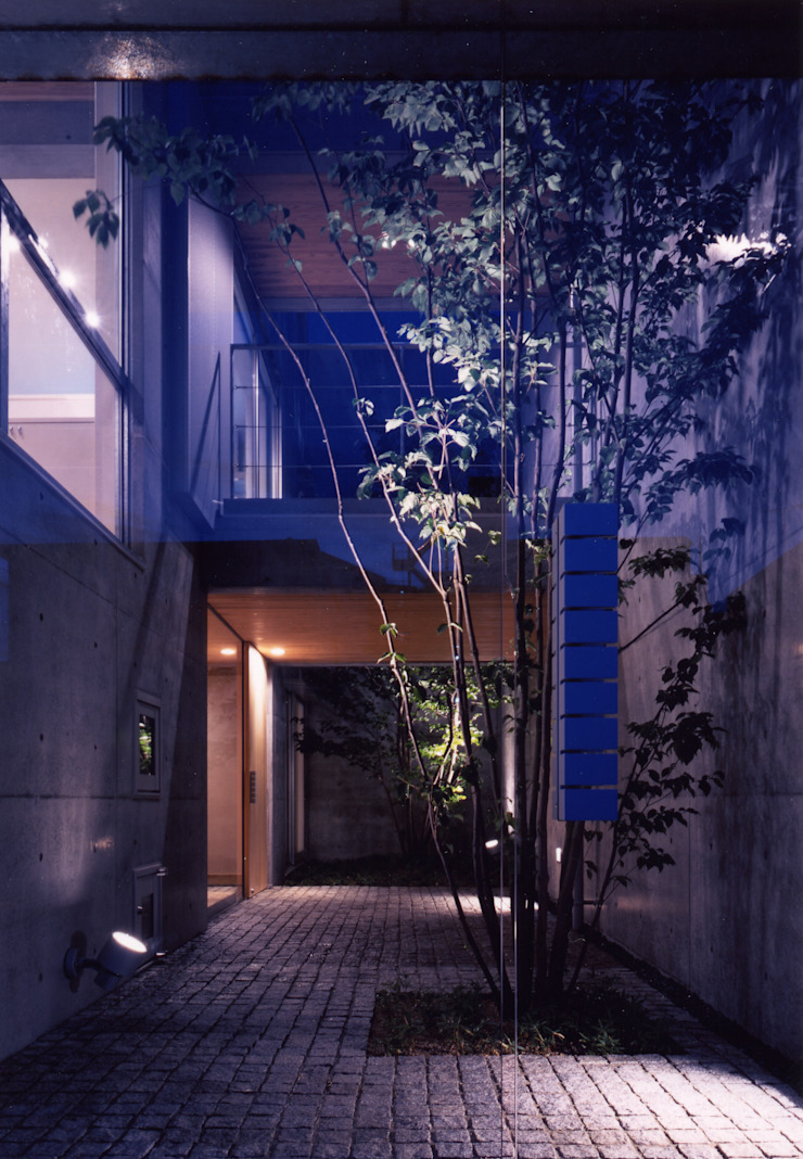 shimizumachi house モダンな 家 の 髙岡建築研究室 モダン