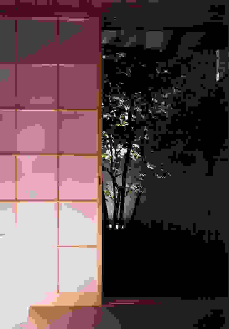 shimizumachi house モダンな 窓&ドア の 髙岡建築研究室 モダン