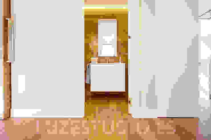Banheiros modernos por Luzestudio - Fotografía de arquitectura e interiores Moderno