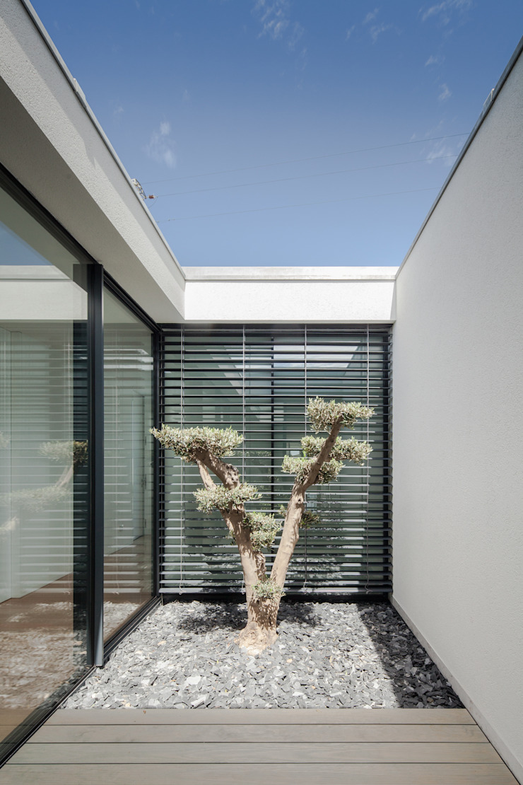 Casa em Gandra - Raulino Silva Arquitecto Jardins minimalistas por Raulino Silva Arquitecto Unip. Lda Minimalista