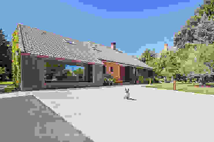 Casas modernas por Luzestudio - Fotografía de arquitectura e interiores Moderno