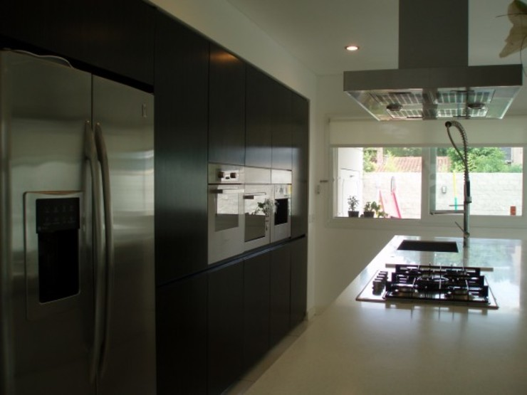 Casa en Martínez Cocinas modernas: Ideas, imágenes y decoración de Escala Veinte Moderno