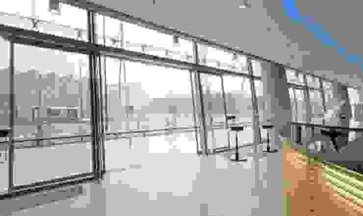 Glassinox Modern Pencere & Kapılar Glassinox Cam ve Metal Sistemleri Modern