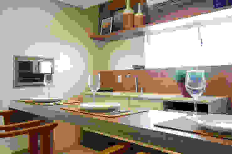 Apartamento DT Cozinhas modernas por Amanda Carvalho - arquitetura e interiores Moderno