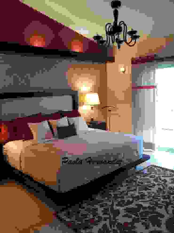 Recámaras Dormitorios modernos de Paola Hernandez Studio Comfort Design Moderno