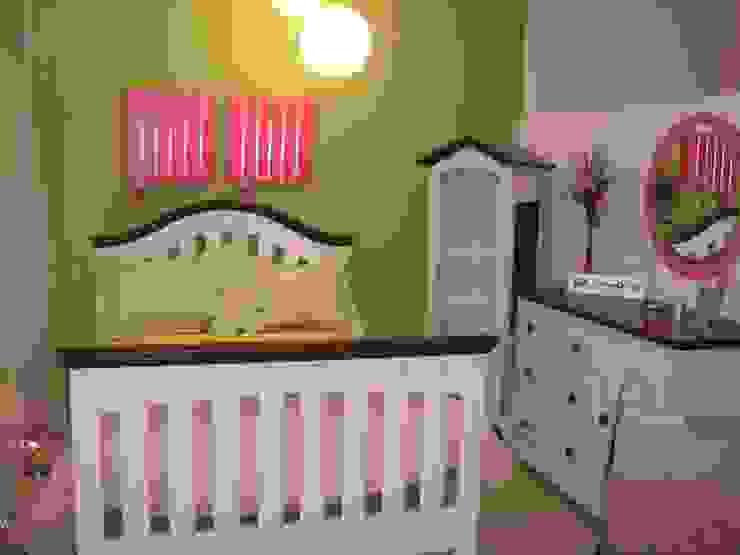 Recámaras infantiles Dormitorios modernos de Paola Hernandez Studio Comfort Design Moderno