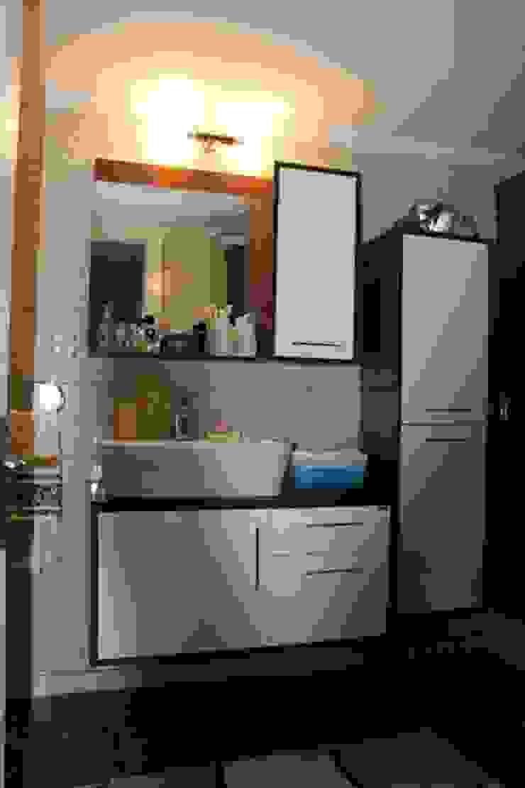 Nuray P. Evi Modern Banyo AÇIT MİMARLIK DEKORASYON İNŞ. SAN. TİC. LTD. Modern